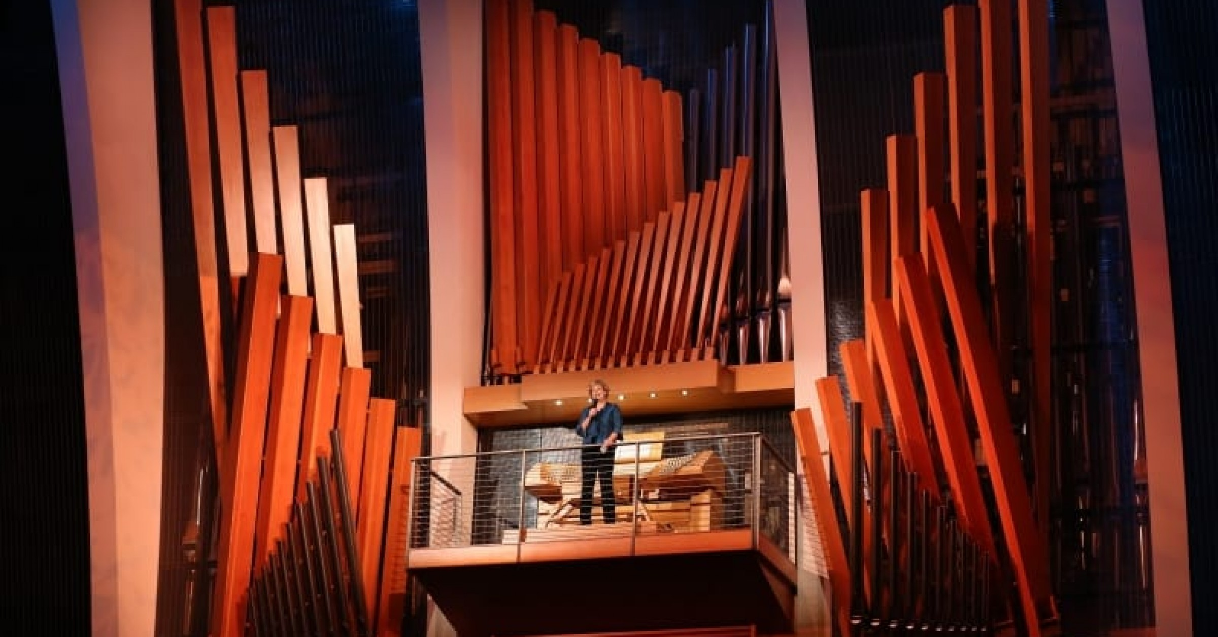 Jan Kraybill at the Julia Irene Kauffman Casavant Organ in Kansas City's Kauffman Center Helzberg Hall